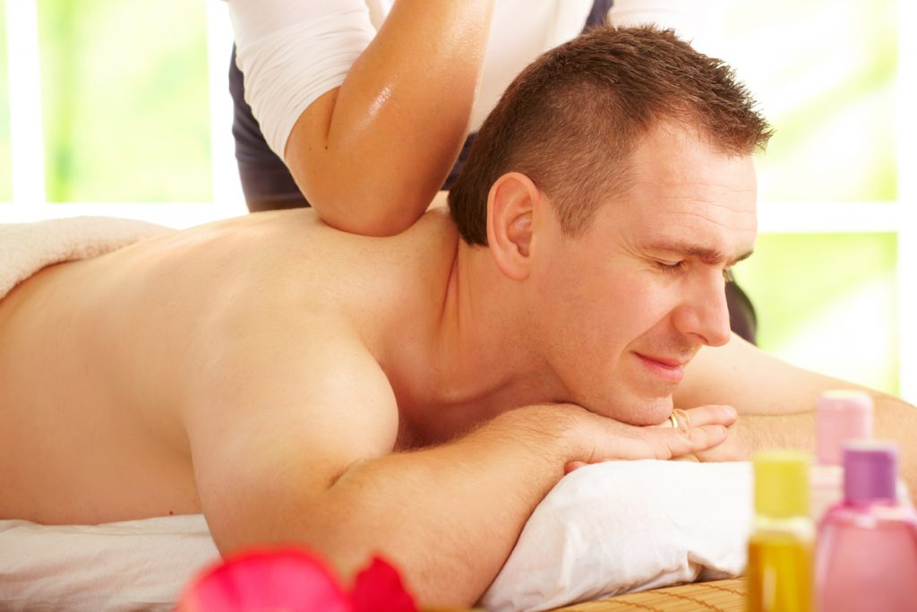 Smart Tips To Hire The Right Gay Massaging Directory In London